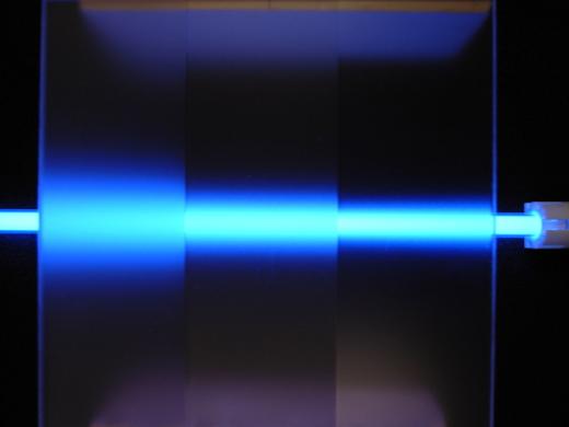 透明アクリル板に3種類の拡散印刷サンプル